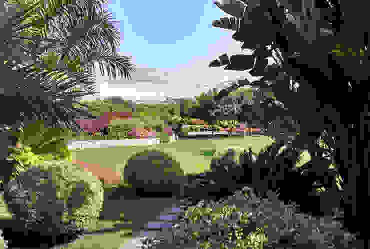 Paisajismo Campo-Playa, Lima Perú: Jardines de estilo  por DECOGARDEN: PAISAJISMO Y JARDINERÍA,
