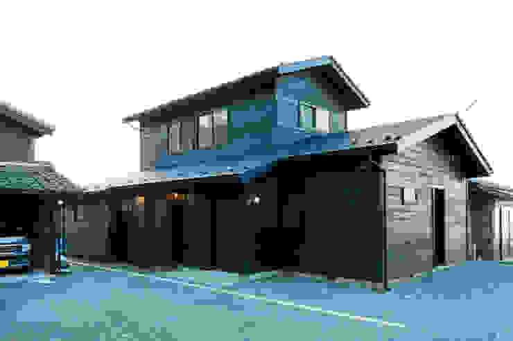 エヌ スケッチ Casas de estilo asiático