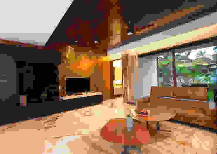 Feature Wall Minimalist living room by Kembhavi Architecture Foundation Minimalist Metal