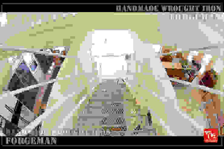 株式会社ディオ Stairs Iron/Steel White