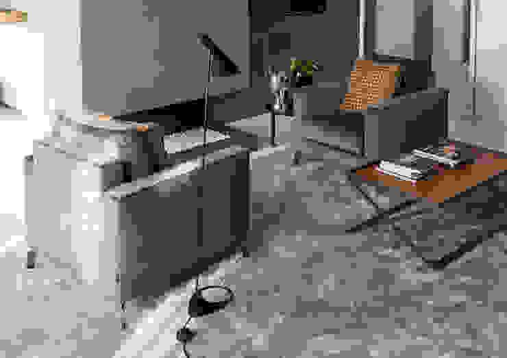modern  oleh IQ Furniture, Modern Kulit Grey