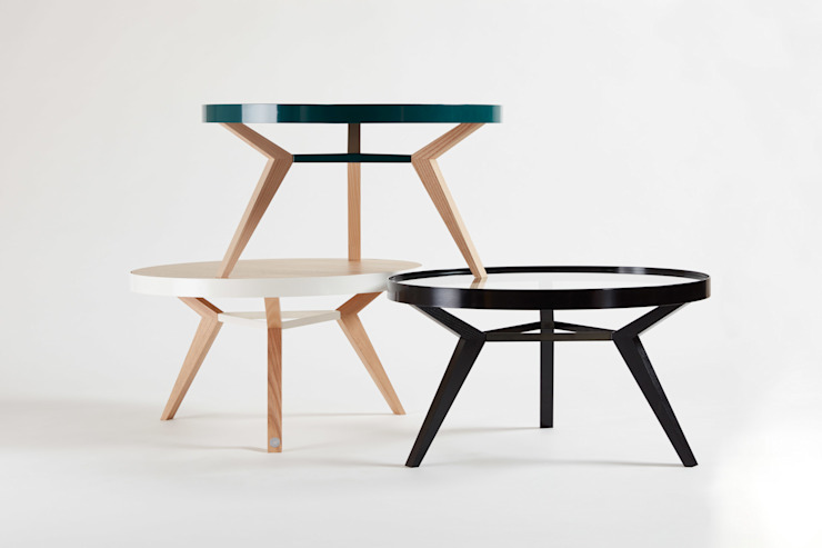 Beistelltisch und Coffeetable aus Holz, Metall und Glas: modern  von Neuvonfrisch - Möbel und Accessoires,Modern