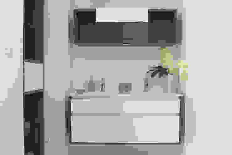 DIONI Home Design BathroomMedicine cabinets