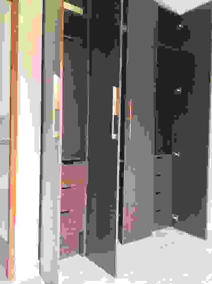 Dormitorio Vestidores de estilo moderno de ARDI Arquitectura y servicios Moderno Aglomerado
