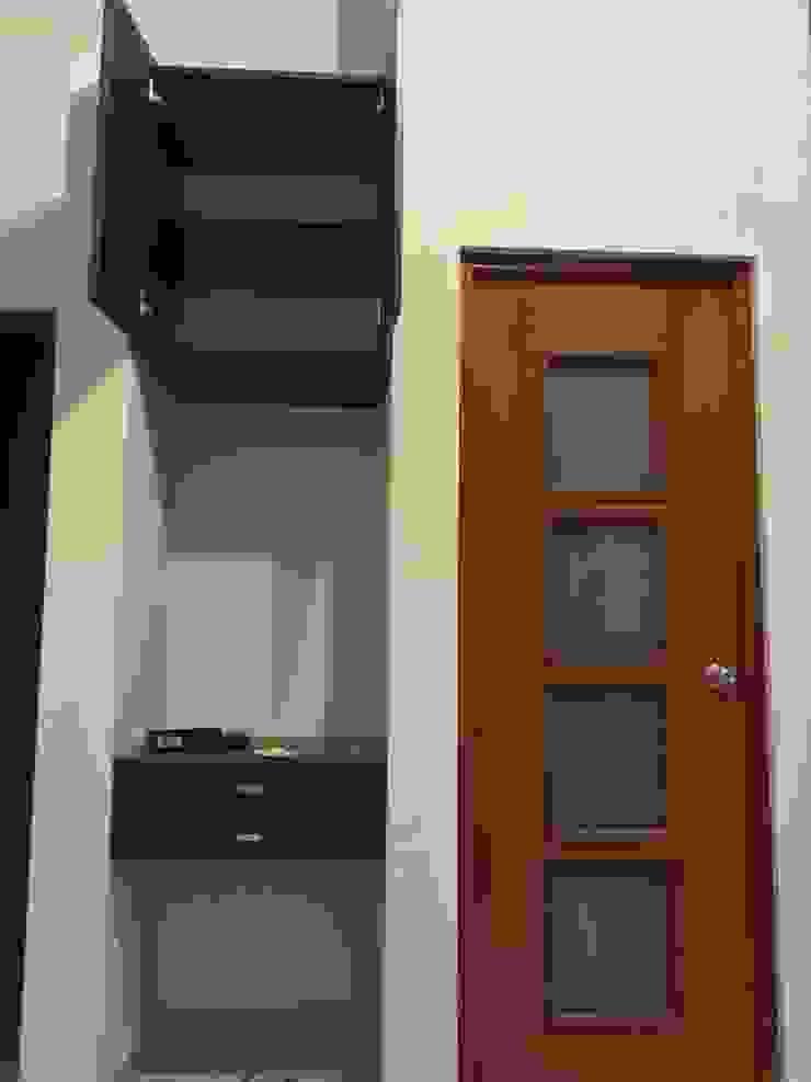 ARDI Arquitectura y servicios Cuartos de estilo moderno Aglomerado Marrón