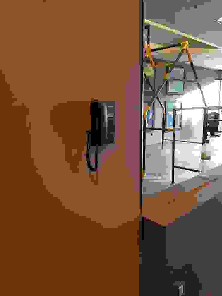 Ataxia Servicios Modern gym