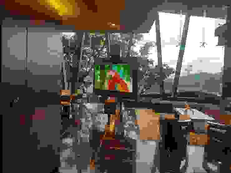 Ataxia Servicios Modern living room