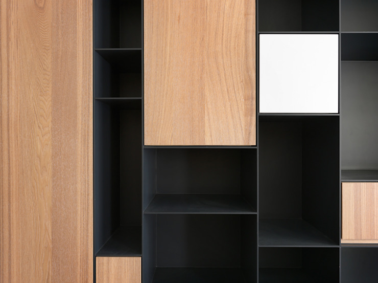 Studio in stile scandinavo di 中介空間設計 Scandinavo