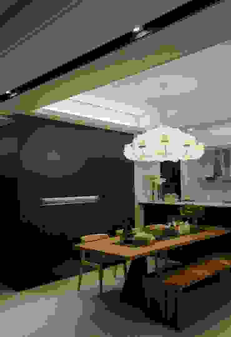 modern  by 16.A.DesignCrew, Modern