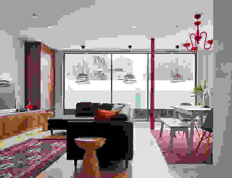 Canal House by IQ Glass UK Modern Glass