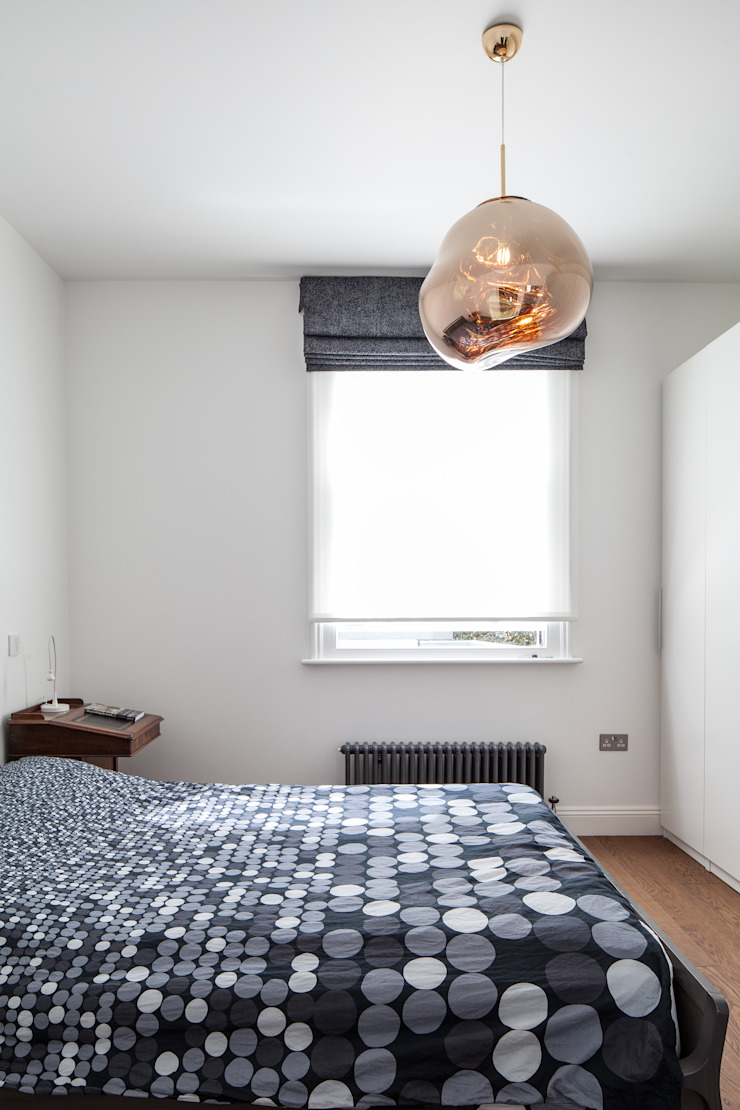 Bedroom Red Squirrel Architects Ltd Modern style bedroom