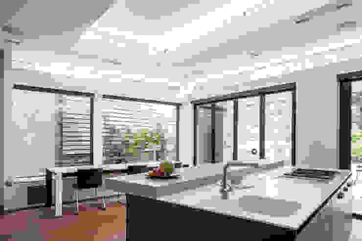 Kitchen Red Squirrel Architects Ltd Built-in kitchens