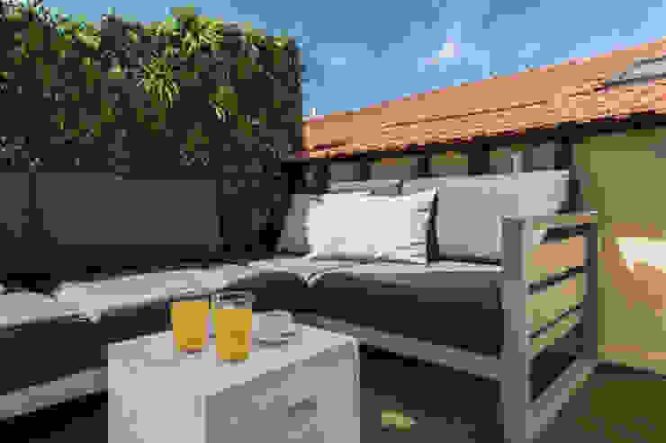 Wonder Wall - Jardins Verticais e Plantas Artificiais Modern Terrace