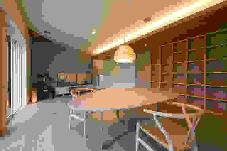 Scandinavian style dining room by アーキシップス古前建築設計事務所 Scandinavian