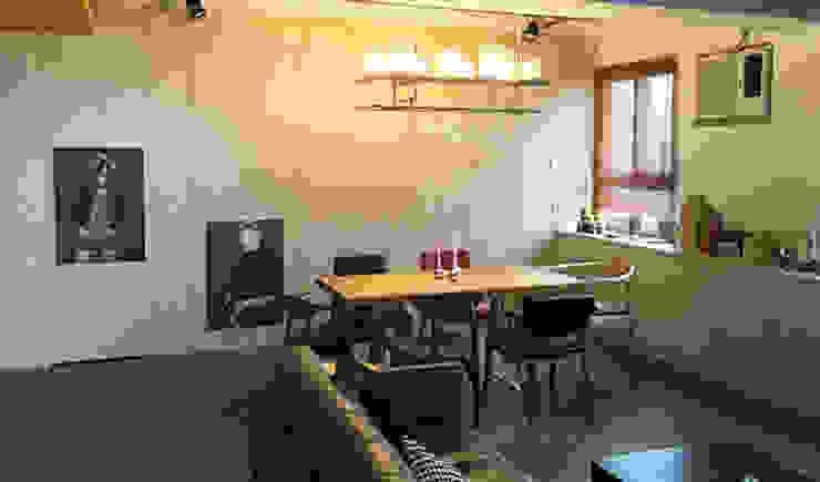跨界風格 现代客厅設計點子、靈感 & 圖片 根據 TGDesgin.Studio 現代風
