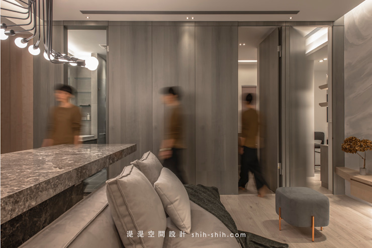 living room / rooms 根據 湜湜空間設計 隨意取材風