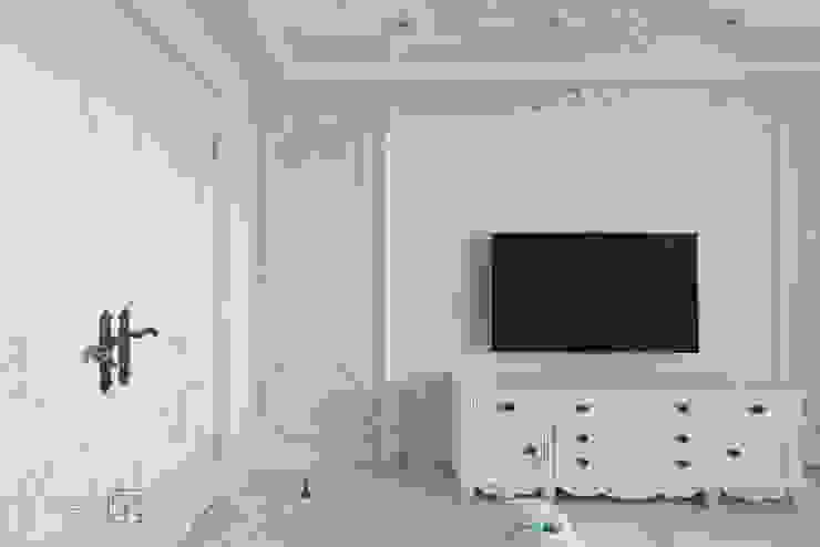 主臥電視牆 Classic style bedroom by 禾廊室內設計 Classic
