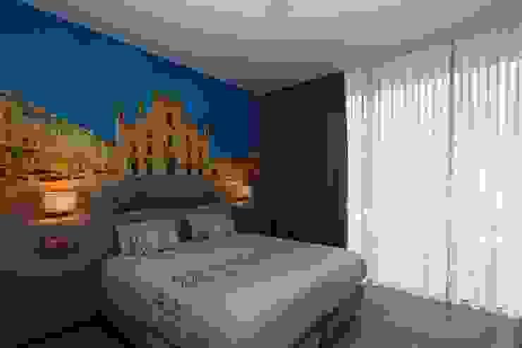 Suite Hotéis modernos por Versatilis Inovação Design Moderno