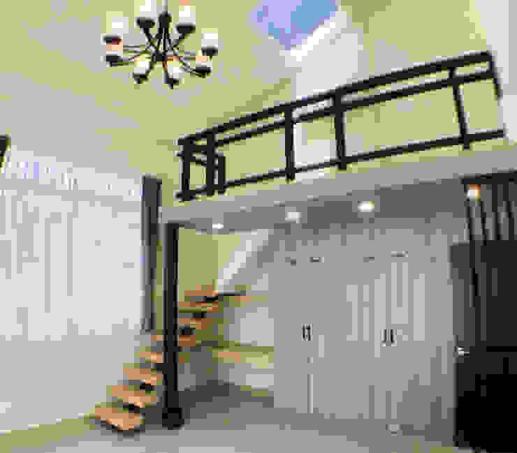 閣樓與天窗 根據 艾莉森 空間設計 工業風 金屬