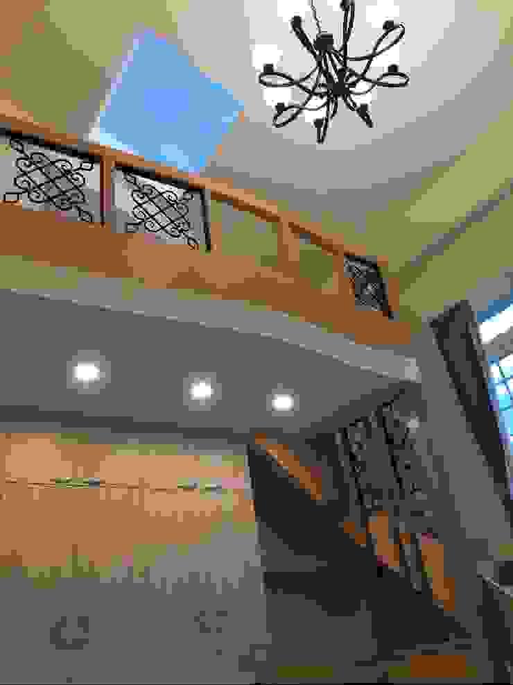 閣樓與天窗 根據 艾莉森 空間設計 古典風
