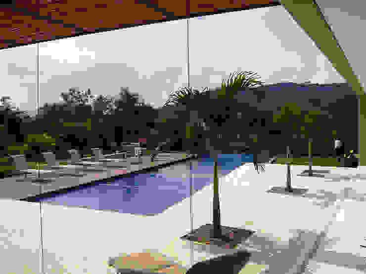 NOAH Proyectos SAS Infinity pool Concrete Beige