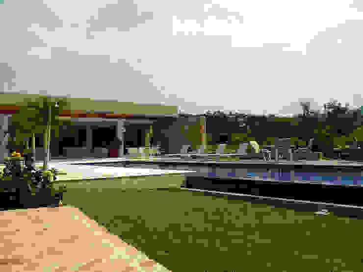 NOAH Proyectos SAS Garden Pool Concrete