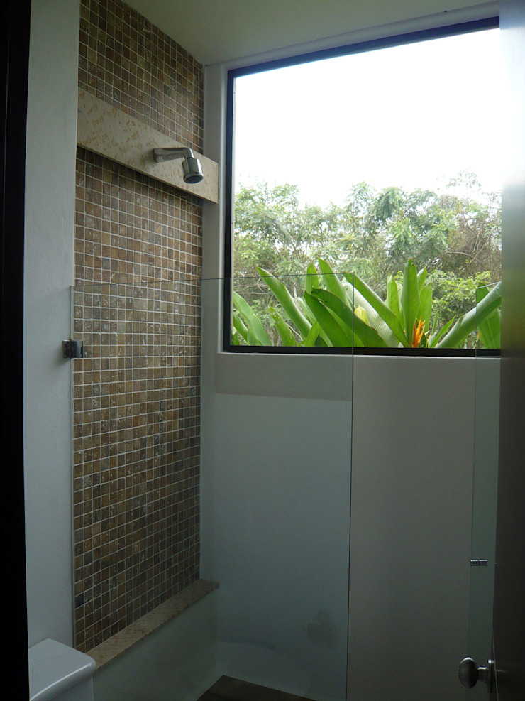 NOAH Proyectos SAS BathroomBathtubs & showers Concrete White
