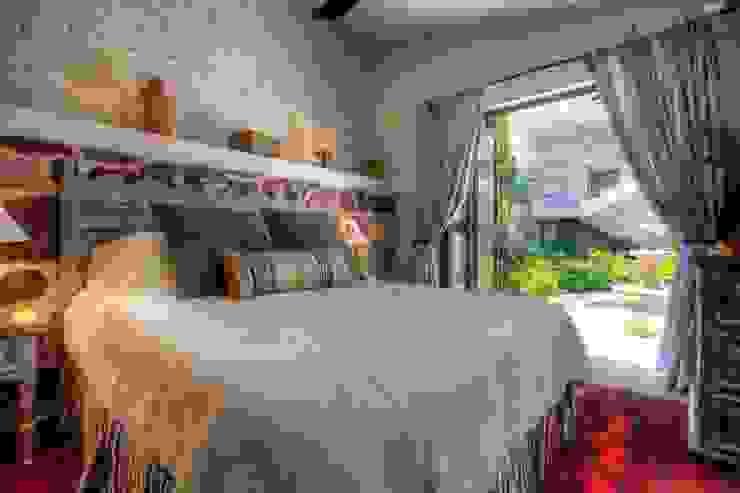 Villas Enrique: Hogar de estilo  por RGR Arquitectos + Urban Strategy,