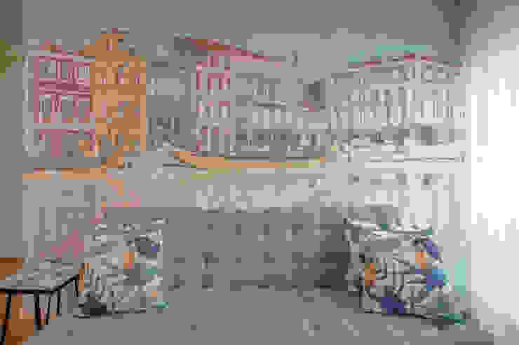Sofá + Painel por EMME Atelier de Interiores Moderno