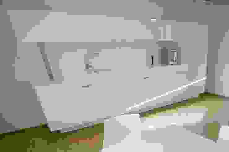 โดย higloss-design.de - Ihr Küchenhersteller โมเดิร์น แผ่น MDF
