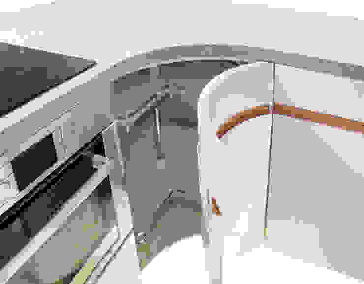 by higloss-design.de - Ihr Küchenhersteller Modern Engineered Wood Transparent