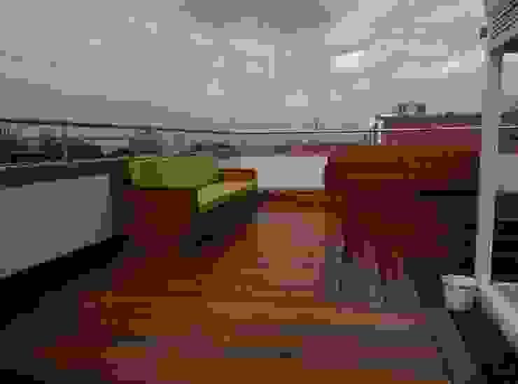 Modern Terrace by VILLEGAS ARQUITECTOS SAS Modern Wood Wood effect
