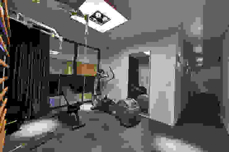 Woonhuis MNRS Eindhoven Moderne fitnessruimtes van 2architecten Modern