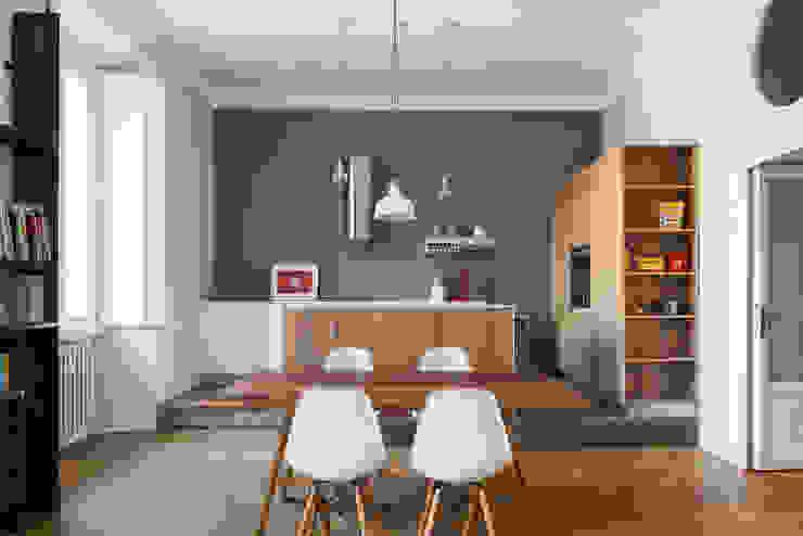 Cuisine industrielle par ghostarchitects Industriel Bois Effet bois