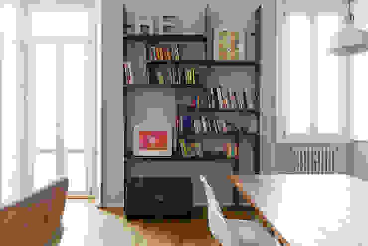 Salon industriel par ghostarchitects Industriel Fer / Acier