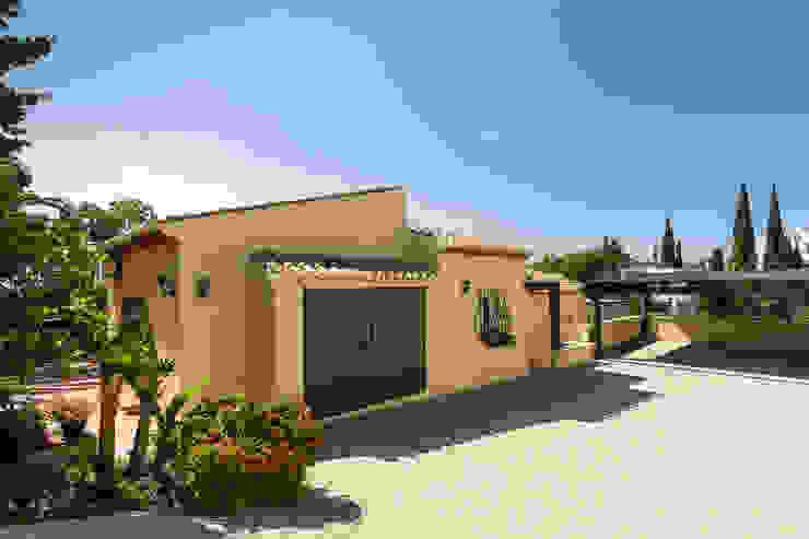 Fachada Home & Haus | Home Staging & Fotografía Casas de estilo mediterráneo