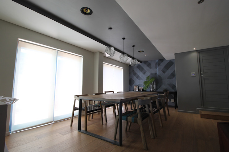 Dining Area (Grills Off) Modern dining room by Audio Visual Projects (PTY) Ltd Modern