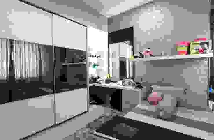 Apartment Royal Kamar Tidur Modern Oleh iwan 3Darc Modern