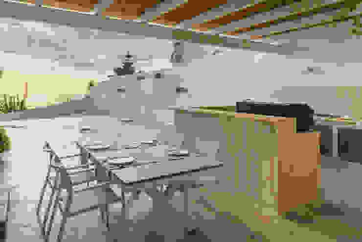 Cucina esterna Sala da pranzo moderna di manuarino architettura design comunicazione Moderno