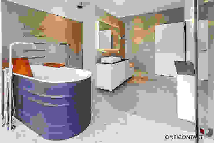 ÜBER DEN DÄCHERN Moderne Badezimmer von ONE!CONTACT - Planungsbüro GmbH Modern Keramik