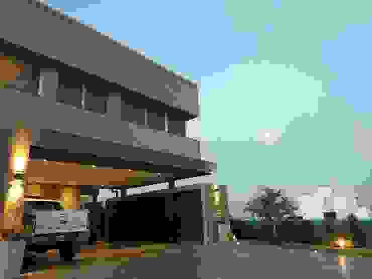 Vivienda en Urbanizacion Privada – Yerba Buena Tucuman de Alejandro Acevedo - Arquitectura Moderno Arenisca
