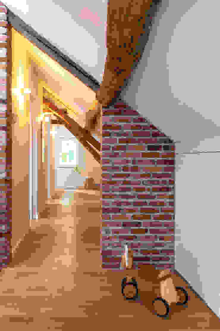 Overloop Industriële gangen, hallen & trappenhuizen van De Nieuwe Context Industrieel Stenen