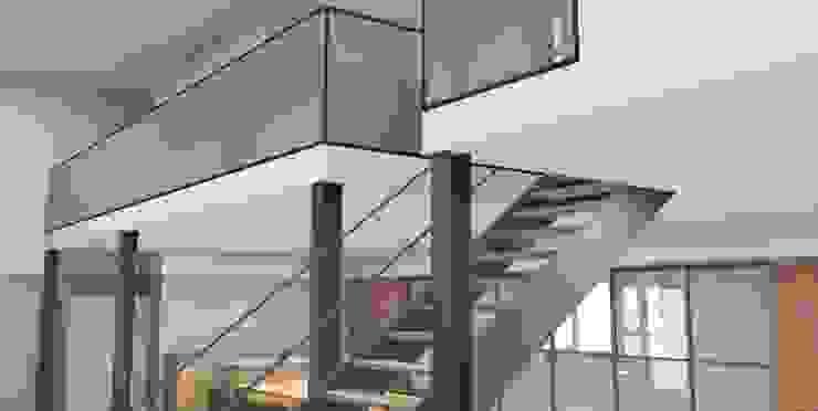 Modern Living Room by AP-Interieurarchitect Modern