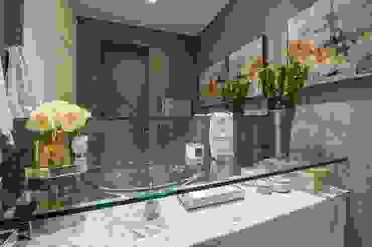 Studio Urbano: Banheiros  por BG arquitetura | Projetos Comerciais,