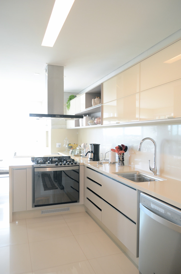 Priscilla Pieczykolan . Arquitetura Muebles de cocinas Beige