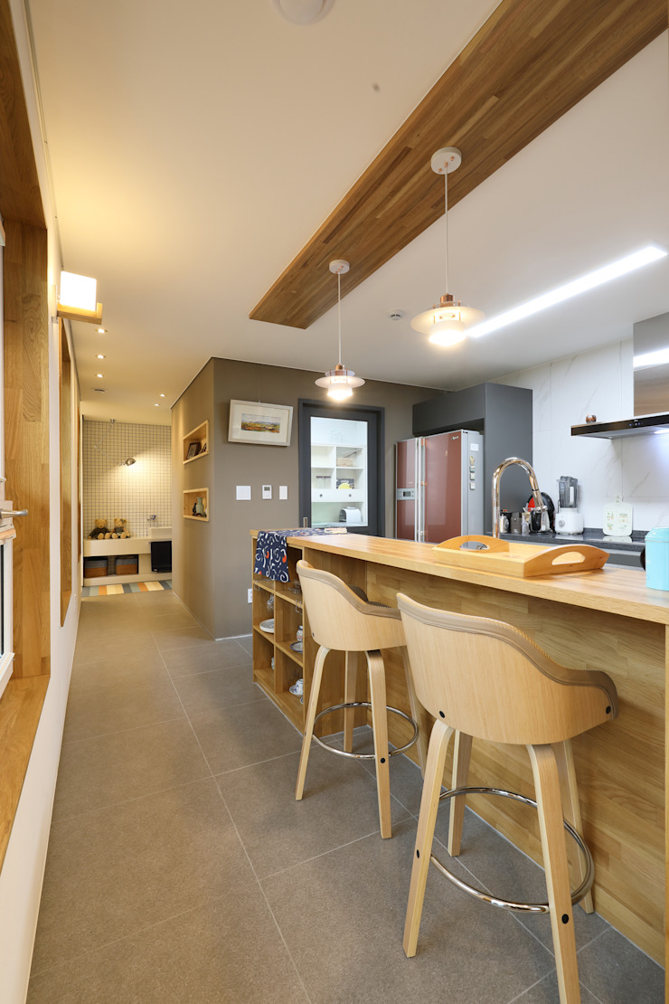 원주반곡동주택 주방 by 주택설계전문 디자인그룹 홈스타일토토 모던 우드 우드 그레인