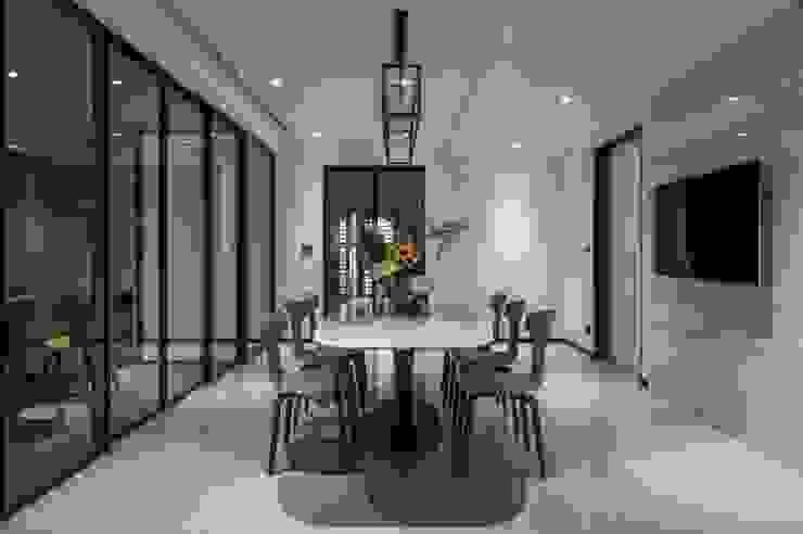 雅群空間設計 Ruang Makan Modern