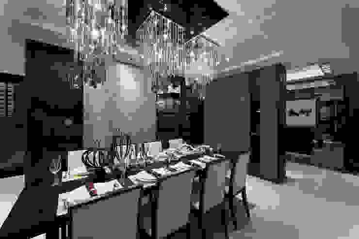 帝品苑 Modern dining room by 雅群空間設計 Modern