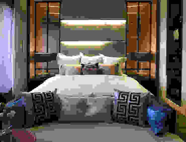 Moderne slaapkamers van 雅群空間設計 Modern