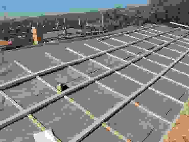 Reconstrucción de tejado en Valdemorillo de Recasa, reformas y rehabilitaciones en Marbella Mediterráneo Compuestos de madera y plástico